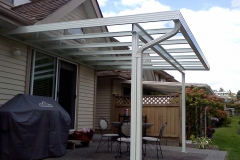 glass and aluminium patio cover surrey