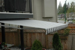 Abbotsford retactable awning